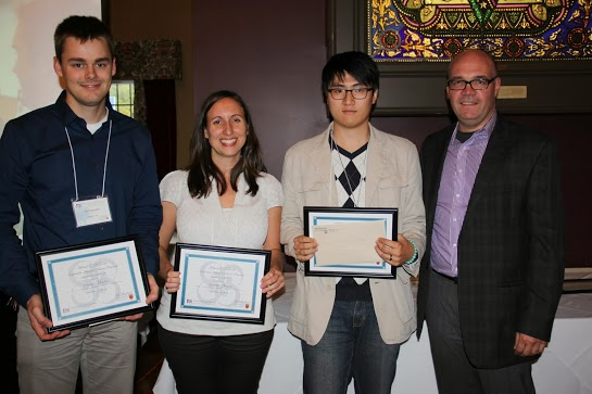 Dr. Jennifer Stearns and James Han win IIDR awards of excellence for their poster presentations.